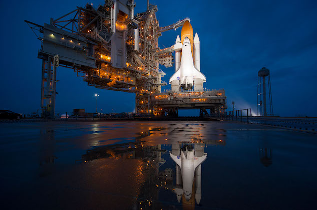 2. space shuttle.jpg