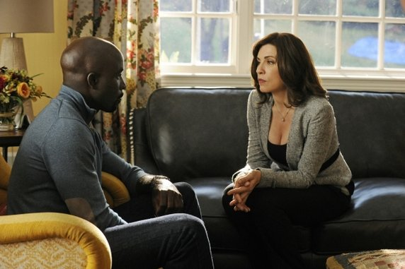 """<i>The Good Wife</i> Review: """"Waiting for the Knock"""" (Episode 4.05)"""