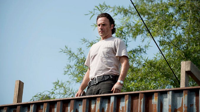 """<i>The Walking Dead</i> Review: """"Heads Up"""""""