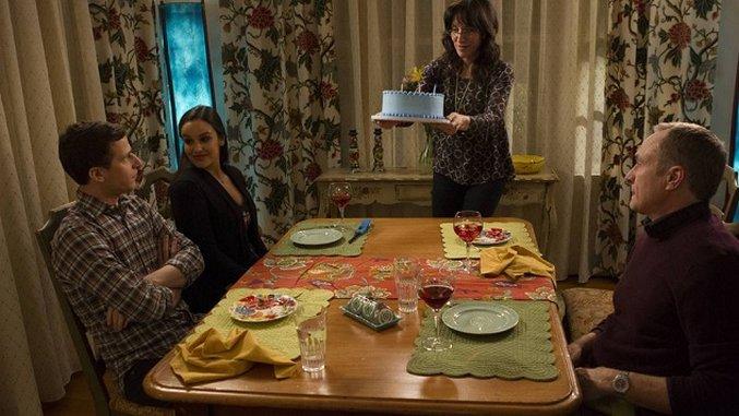 "<i>Brooklyn Nine-Nine</i> Review: ""Karen Peralta"""