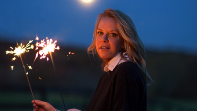 Mary Chapin Carpenter Speaks For A Generation On <i>The Things That We Are Made Of</i>