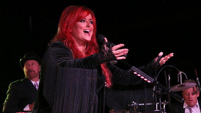 Photos: Behind the Scenes with Wynonna & The Big Noise