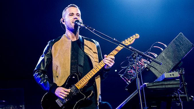 Live Photos: M83, Jimmy Eat World, Kings of Leon at KROQ Almost Acoustic Christmas Day 1