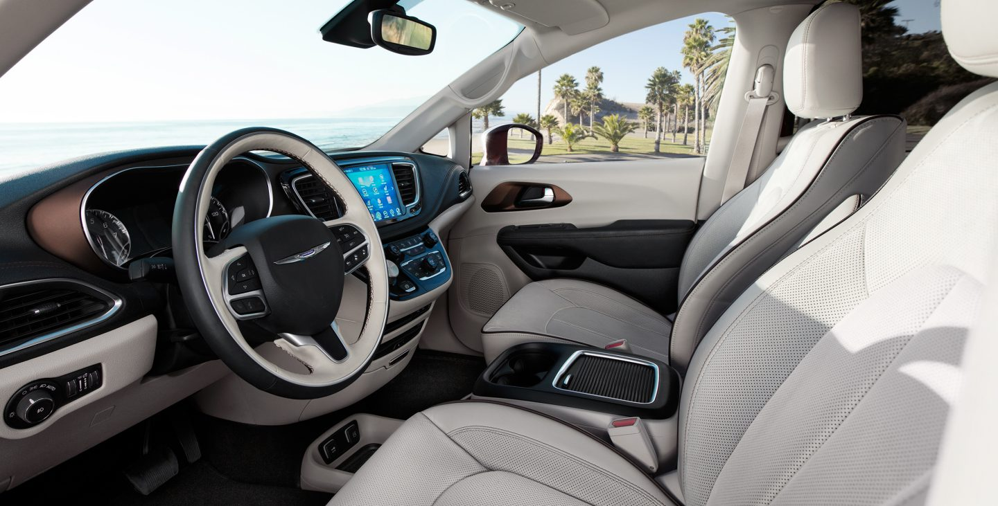 Using a 2017 chrysler pacifica as a recreational vehicle sign me up tech features for Chrysler pacifica 2017 interior