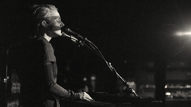 Live Photos: Agnes Obel Closes the Last Days of Winter with Haunting New York Set