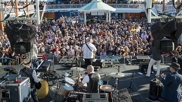 Pictures & Review: Outlaw Country Cruise 2017
