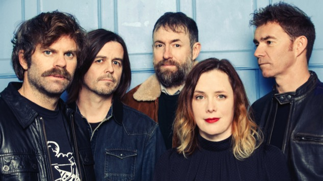 After Two Decades Away, Slowdive Tiptoes Back to Center Stage