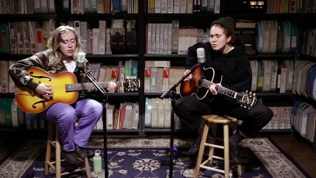"Paste Sessions: Watch Girlpool Perform ""It Gets More Blue,"" ""123"" and ""Powerplant"""