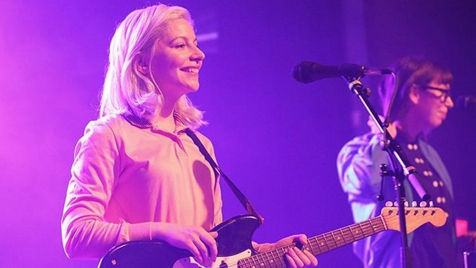 Alvvays Announce New Album <i> Antisocialites</i> & World Tour, Release Lead Single