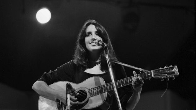 Listen to a Full Joan Baez Concert From This Day in 1982