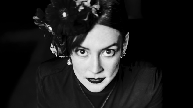 Amanda Shires: A Poet, a Fiddle and a Party