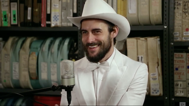 Watch Robert Ellis Play Songs from New Album <i>Texas Piano Man</i> in the <i>Paste</i> Studio