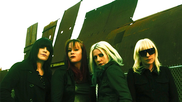 "L7 Share Lead Single ""Burn Baby"" from <i>Scatter the Rats</i>, Their First New Album in 20 Years"