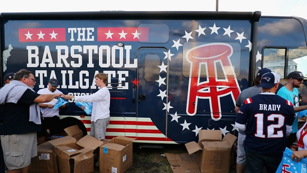 Terrible Website Barstool Sports Steals a Comedy Video as Twitter Just Kind of Shrugs