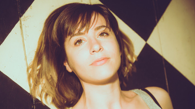 "Laura Stevenson Checks In with New Single, ""Value Inn"""