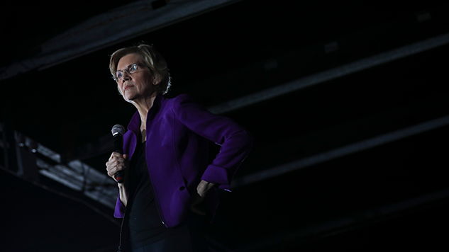 Facebook Removes Elizabeth Warren Ads, Then Restores Them After Outcry