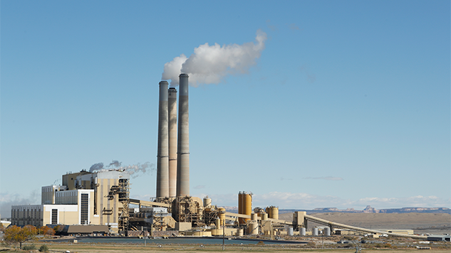 Study: Black and Hispanic Americans Create the Least Pollution, Are Exposed to the Most