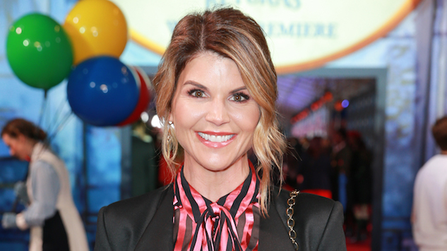 Lori Loughlin Fired from <i>Fuller House</i> Amid College Admissions Scandal: Report