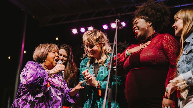 Luck Reunion 2019: Mavis Staples Proves Yet Again She's Walking Sunshine and We Don't Deserve Her