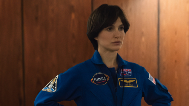 Natalie Portman Struggles to Come Back Down to Earth in <i>Lucy in the Sky</i> Trailer