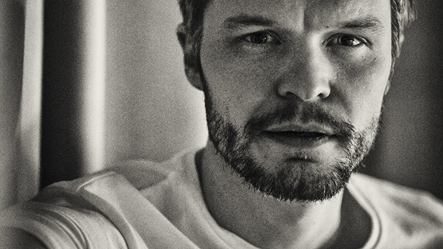 "The Tallest Man on Earth Releases Ruminative New Track ""I'm a Stranger Now"""