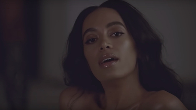 "Solange Shares New ""Way to the Show"" Video"