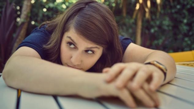 "Alex Lahey Shares New Single, ""Am I Doing It Right?"""