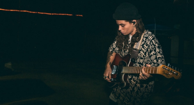 "Tash Sultana Shares New Single, ""Can't Buy Happiness"""