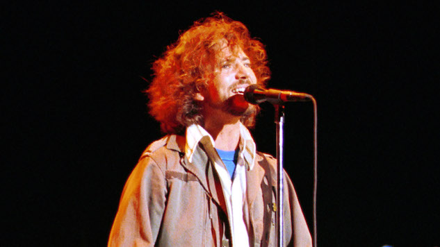 Watch a Classic Pearl Jam Performance From This Day in 1992