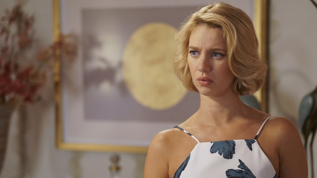 "<i>Jane the Virgin</i> Faces Every Character&#8217;s Worst Nightmare in ""Chapter Eighty-Five"""