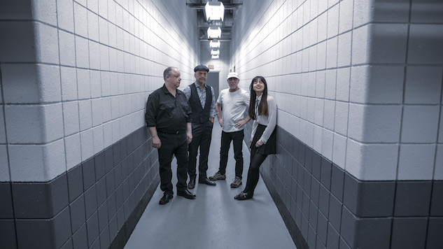 Pixies' <i>Doolittle</i> Turns 30 and Receives Platinum Certification