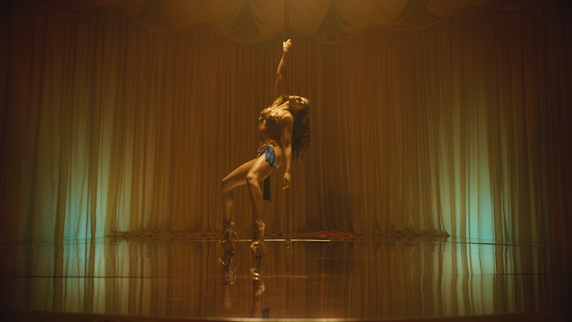 "FKA twigs Shares Breathless Video for ""Cellophane,"" Her First New Single in Over Three Years"
