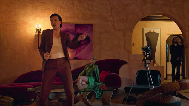 "Alex Cameron Shares Video for Passionate New Single ""Miami Memory"""