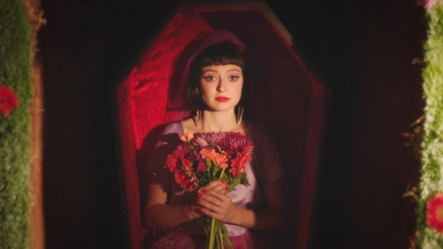 "Stella Donnelly Actually Gets Camp Right in ""Die"" Video"