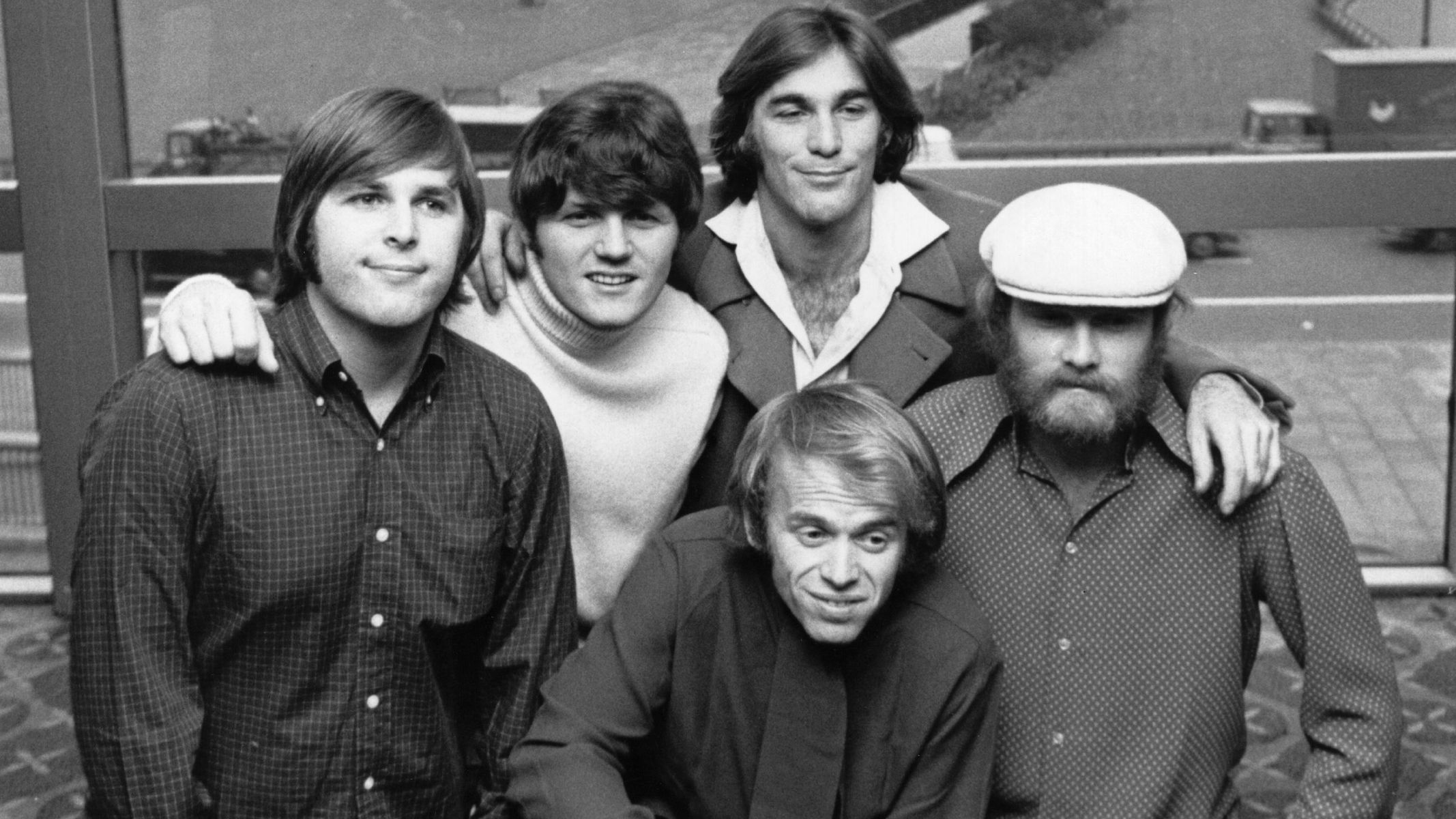 Hear The 5 Original Beach Boys Present Their Surf Hits on This Day in 1979