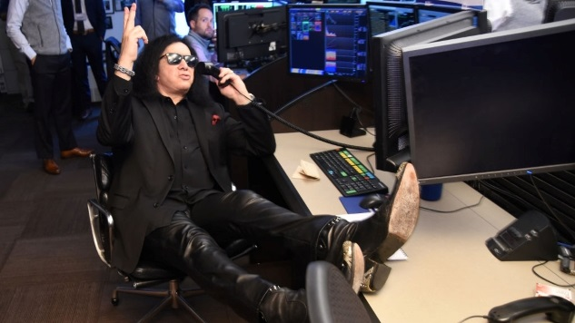 The Funniest Tweets about Gene Simmons Visiting the White House and Pentagon