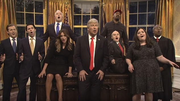 "Watch <i>SNL</i>'s Trump and Co. Sing Queen's ""Don't Stop Me Now"""