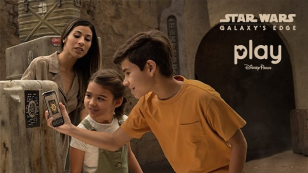 The Play Disney Parks App Will Become the Interactive Star Wars Datapad in Star Wars: Galaxy's Edge