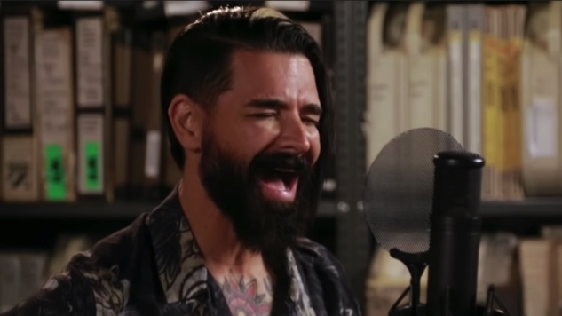 Chris Carrabba and His Reimagined Dashboard Confessional Albums on <i>The Paste Podcast</i>
