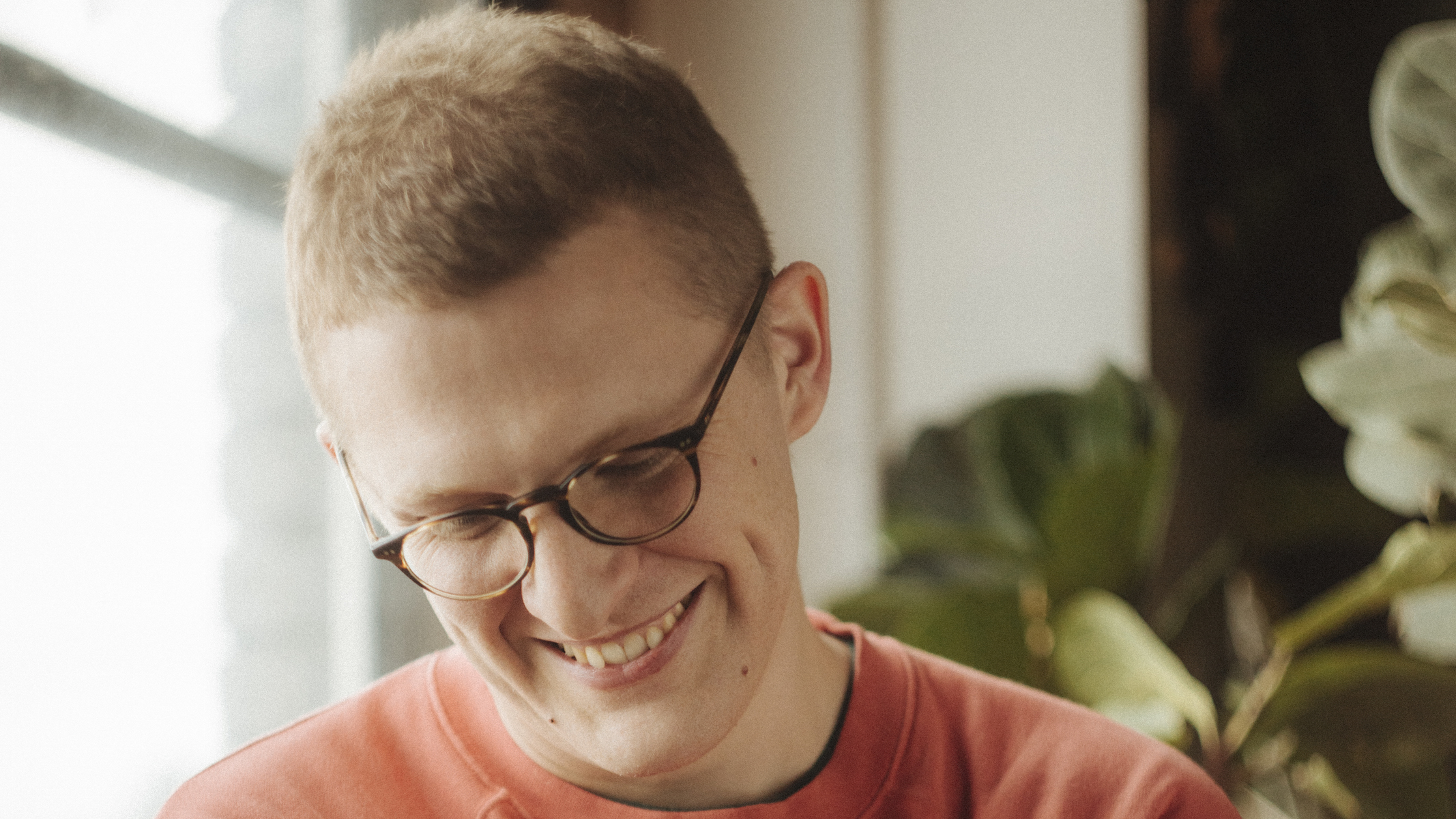 "Floating Points Shares Bubbling New Song ""Coorabell,"" Extended Mix of ""LesAlps"""