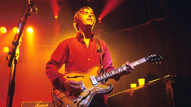 Listen to Paul Weller Perform Solo and Style Council Hits On This Day in 1992