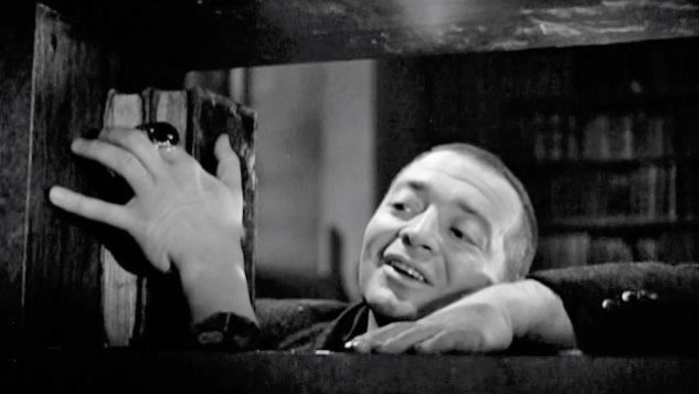 The Best Horror Movie of 1946: <i>The Beast with Five Fingers</i>