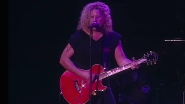 Watch Van Halen Storm the Stage in Toronto on This Day in 1995