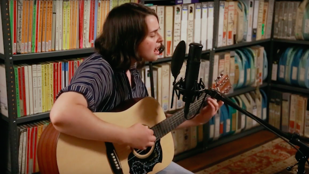 Watch Queen of Jeans Perform Stripped-Down New Songs in the Paste Studio