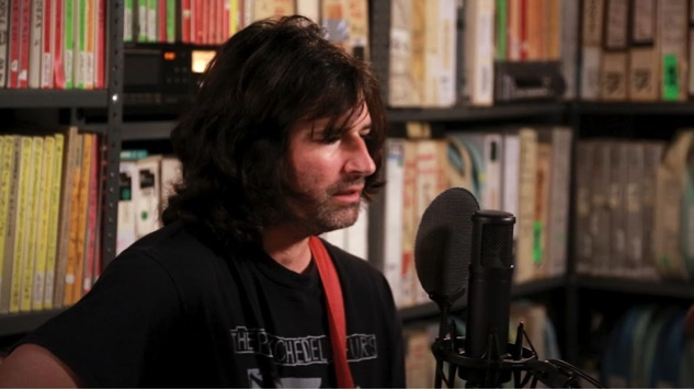 Pete Yorn Plays His Latest Songs on the <i>The Paste Podcast</i> #21