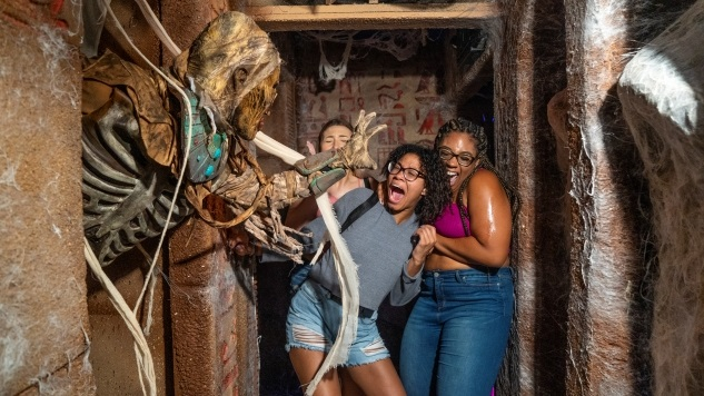 Step Inside Universal's Halloween Horror Nights 2019 in Our New Theme Park Video Series