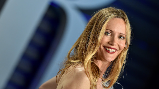 Leslie Mann to Star in New Amazon Series, <i>The Power</i>