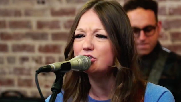 Watch Kelsey Waldon Sing Some Country Songs in the <i>Paste</i> Studio