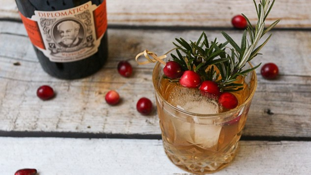 9 Fall-Friendly Rosemary Cocktails