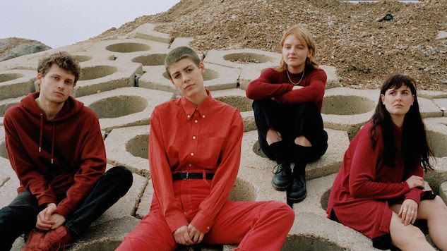 "Porridge Radio Sign to Secretly Canadian, Release New Single ""Lilac"""